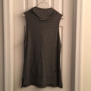 Sleeveless hooded tunic